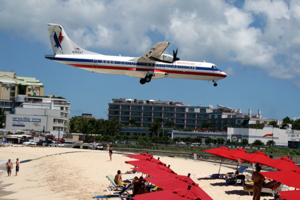 St Martin Airport by Toddon/Flickr